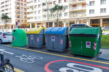 Garbage Containers For Recycl...