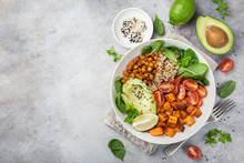 Healhty Vegan Lunch Bowl. Avoc...
