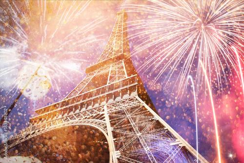 Deurstickers Eiffeltoren celebrating New Year in the city - Eiffel tower (Paris, France) with fireworks