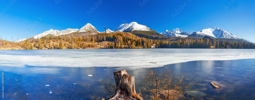 Fototapety, obrazy: Mountain lake Strbske pleso in National Park High Tatras, Slovakia, Europe