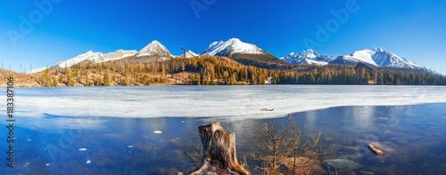 Photo  Mountain lake Strbske pleso in National Park High Tatras, Slovakia, Europe