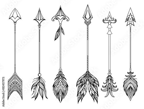 Foto auf AluDibond Boho-Stil Set of boho arrows with different tips and plumage. Vector doodle element for your creativity