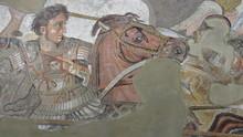 Alexander The Great Versus Dar...