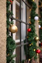 Okno W Bożonarodzeniowej Deko...