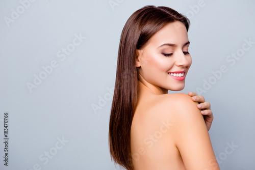 Close up portrait of beautiful amazing fresh young woman with toothy white smile Tapéta, Fotótapéta