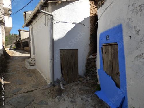 Fototapety, obrazy: Naturaleza en las Hurdes.Riomalo de Abajo en la provincia de Cáceres, Comunidad Autónoma de Extremadura (España)