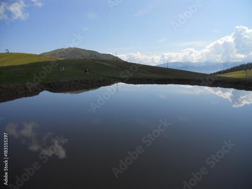 Poster Reflexion beautiful italian lake and mountains