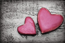 Two Red Hearts On Old Shabby W...