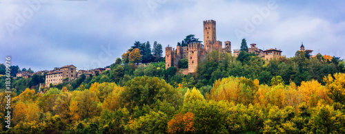 Fototapeta  Medieval towns and castles of Italy - Castell'Arquato in Emilia-Romagna
