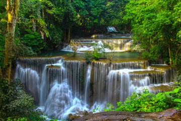 Fototapeta Wodospad Huai Mae Khamin Waterfall Beautiful in the middle of rainforest Kanjanaburi, Thailand