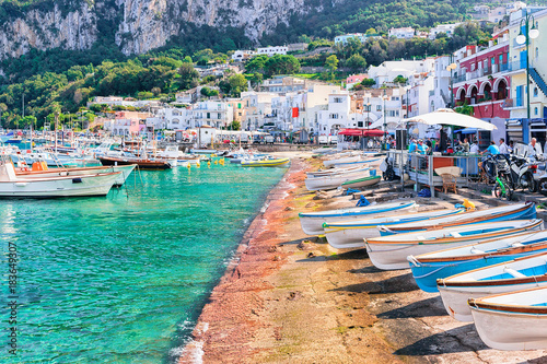 Photo  Boats at Marina Grande embankment in Capri Island Tyrrhenian sea