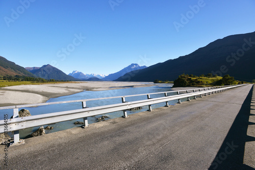 Spoed Foto op Canvas Scandinavië Bridge over Dart river, before it flows to Lake Wakatipu, South Island of New Zealand.