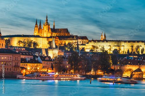 Foto op Aluminium Oude gebouw View of Charles Bridge and Vltava river at night in Prague, Czech Republic