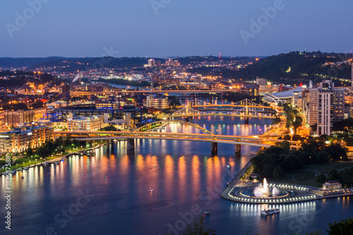 Foto op Plexiglas Napels Skyline of Pittsburgh, Pennsylvania from Mount Washington at Night