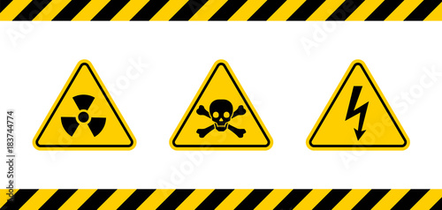Fotografía Caution danger sign.