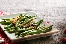 Roasted Green Beans Topped Wit...