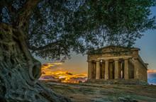 Tempio Delle Concordia, Valle Di Templi, Valley Of Temples, Agrigento, Sicily