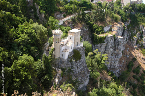 Fotografie, Obraz  Erice, Sicily, Italy. Castle Pepoli, XIX century