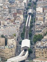 Paris External Metro Train Sys...