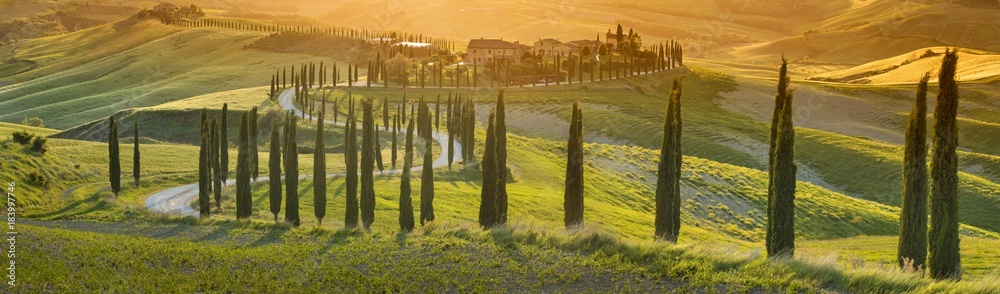 Fototapety, obrazy: orange sunset in Tuscany in Italy