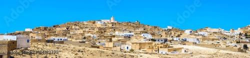 Poster Tunesië Village Tamezret in Tunisia. North Africa