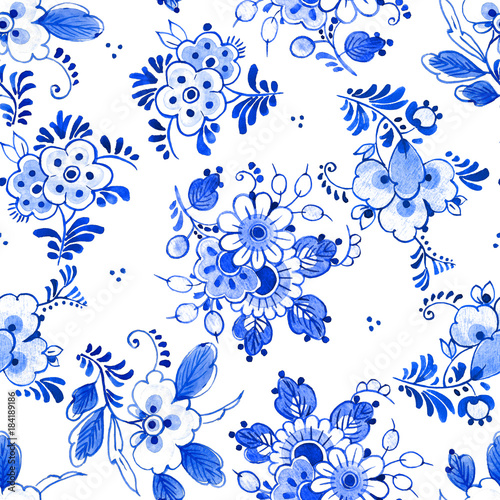 Delft blue style watercolour seamless pattern. Traditional Dutch floral motif, bouquets of flowers, cobalt on white background. Wallpaper. Textile print.