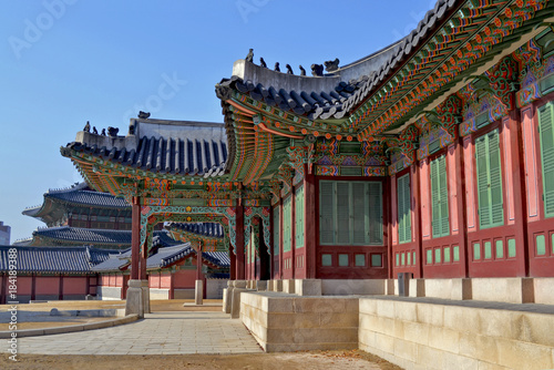 Keuken foto achterwand Seoel Changdeokgung Palace is the most well-preserved of royal Joseon palaces. Tourist attraction in Seoul ,South Korea. Winter season ancianoantiguovetustoarquitecta3nicoarquitecturaarquitecturearquitectã