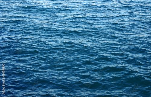 Poster Mer / Ocean Blue water background