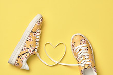 Fashion Trendy Trainers With H...
