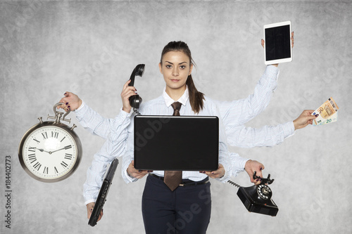 modern businesswoman replaces several people at once Fototapet