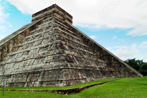 In de dag Mexico Kukulcan Pyramid in Chichen Itza, Mexico