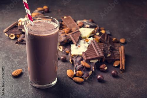 Foto op Aluminium Milkshake tasty chocolate drink with dessert bar