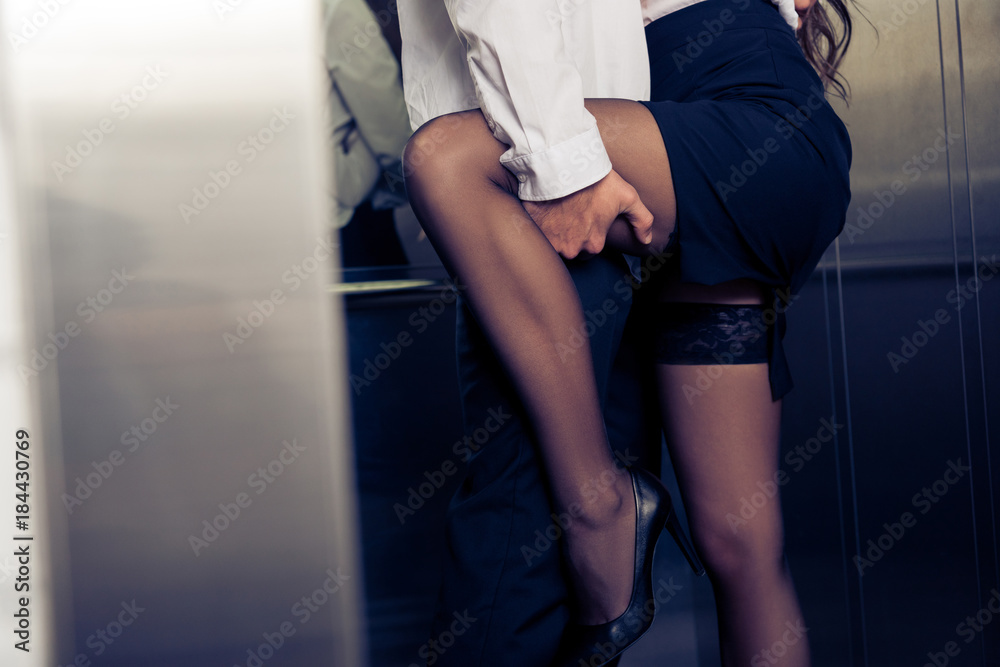 Fototapety, obrazy: cropped erotic image of man and woman in elevator