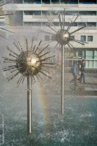 Photo  Springbrunnen in einer Einkaufsstraße in der Innenstadt von Dresden