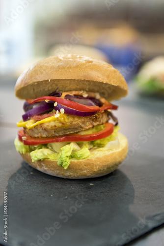 Photo Burger, vegan, vegetarisch, Fleischersatz, Fast Food