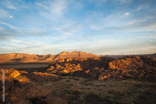 Staande foto Texas Sunset landscape view at Hueco Tanks State Park in El Paso, Texas.
