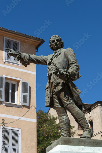 Fotografie, Obraz  Corsica, 31/08/2017: la statua in bronzo di Jean-Pierre Gaffory (1704-1753), med