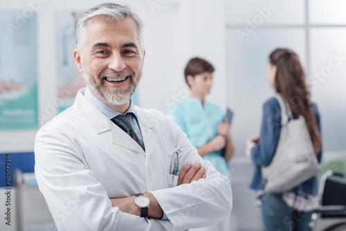Fotomural Medical staff posing at the hospital