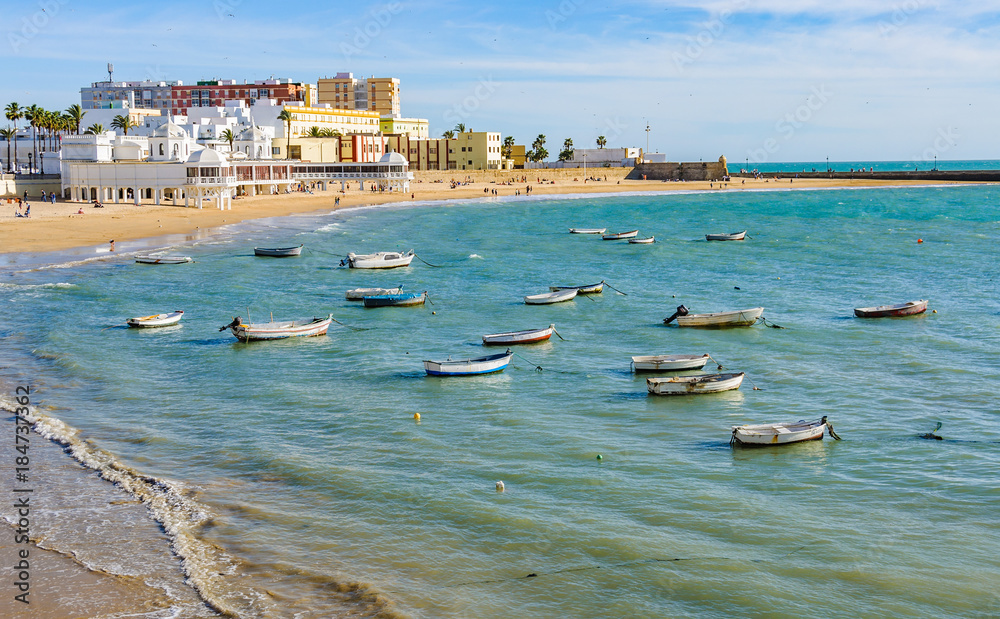 Fototapety, obrazy: Boats in the harbour in Cadiz,  Spain