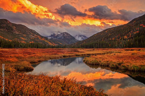 Photo sur Toile Orange eclat Colorful Uinta Sunset, Utah, USA.