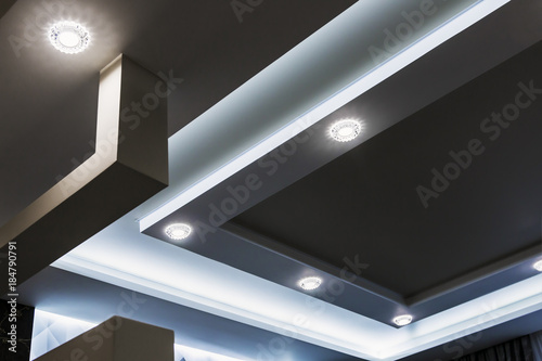 Valokuvatapetti suspended ceiling and drywall construction in the decoration of the apartment or house