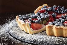 Fresh Strawberry, Blueberry An...