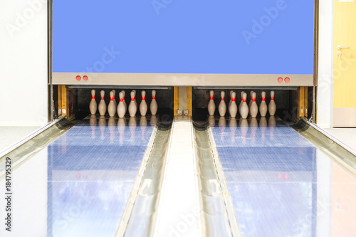 Fototapeta Bowling line close up obraz na płótnie