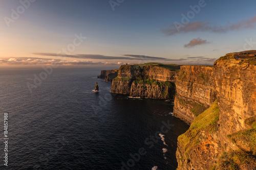 Foto op Aluminium Koraal Sunset Cliffs of Moher, Ireland