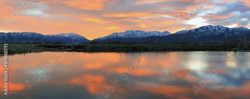 Poster Salmon Fiery rural sunset reflection, Utah, USA.