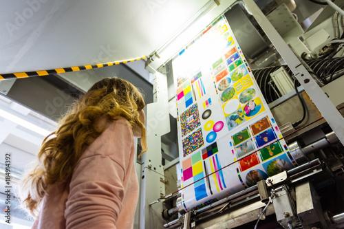 Fotografía  Young Female Girl Engineer Printing Specialist Gravure Intaglio Printing Industr