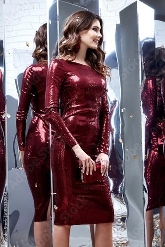 Beautiful Sexy Lady Pretty Face Make Up Cosmetic Long Brunette