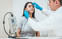 Patient Nerves Testing Using E...
