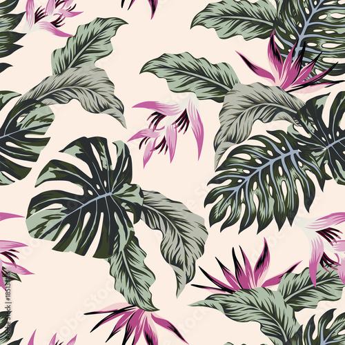 egzotyczny-kwiatowy-wzor-na-rozowym-tle