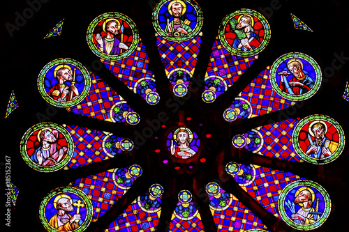 In de dag Stained Stained Glass Jesus Disciples The Se Cathedral Lisbon Portugal